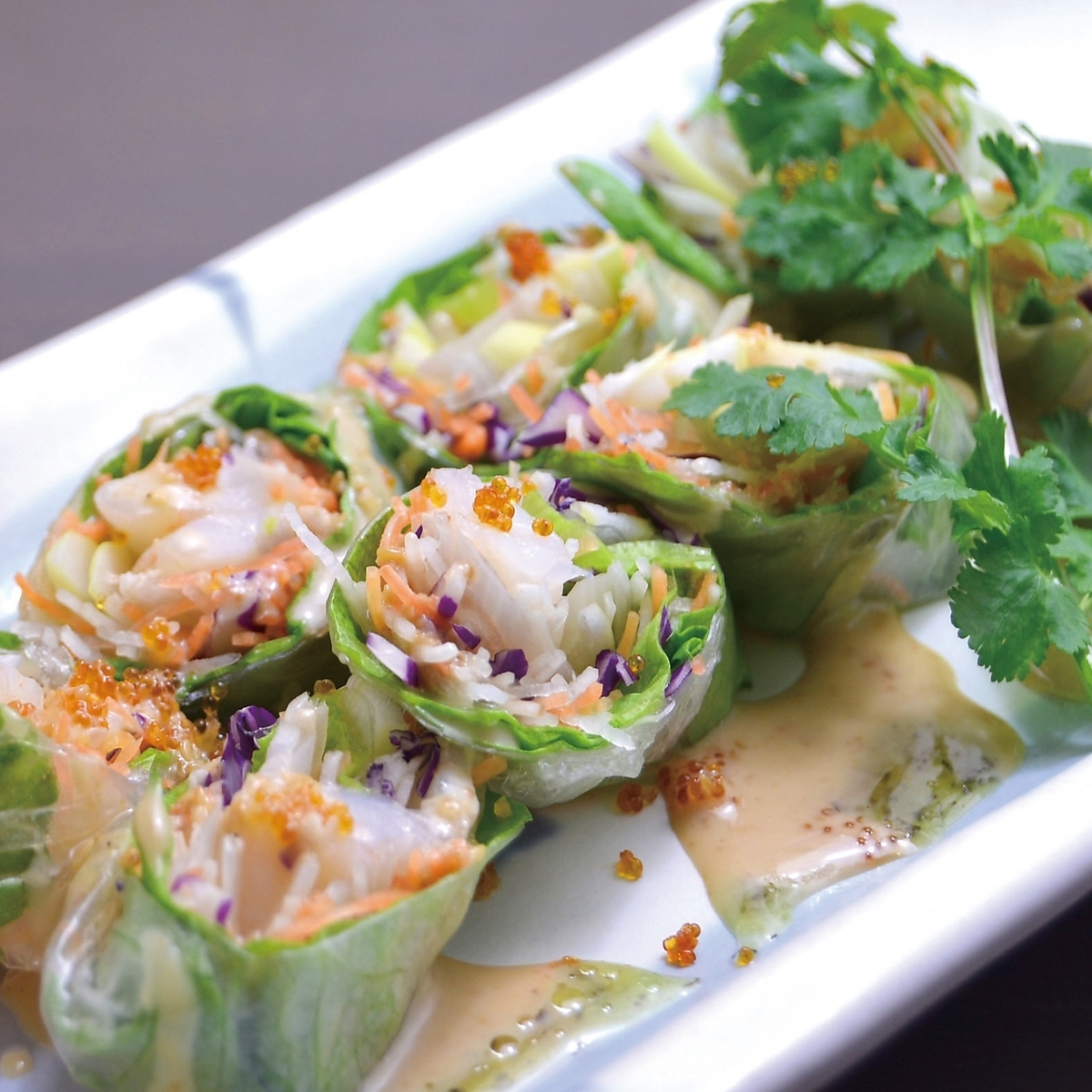 Chinese raw spring roll