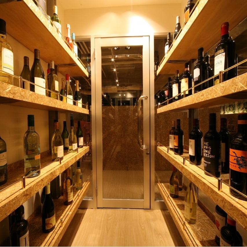 신슈 와인의 다양한 상품도 풍부 ☆ 소믈리에가 엄선한 맛있는 신슈 와인을 준비했습니다