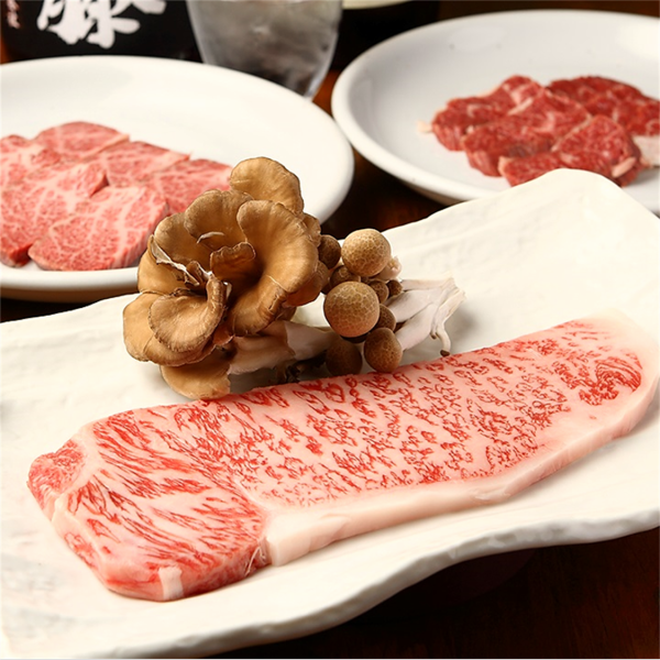 Baked with Bincho charcoal 【Selected Kuroge Wagyu beef】