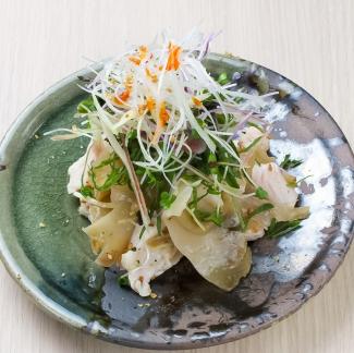 鶏とザーサイの薬味サラダ