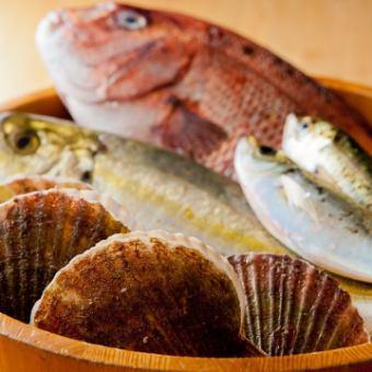 """1萬日元Pokkiri""""放鬆Yukichi計劃""""在美味的菜餚上放上豪華的魚,肉,美味的醬汁和美味的醬汁◎用於娛樂和宴會!"""