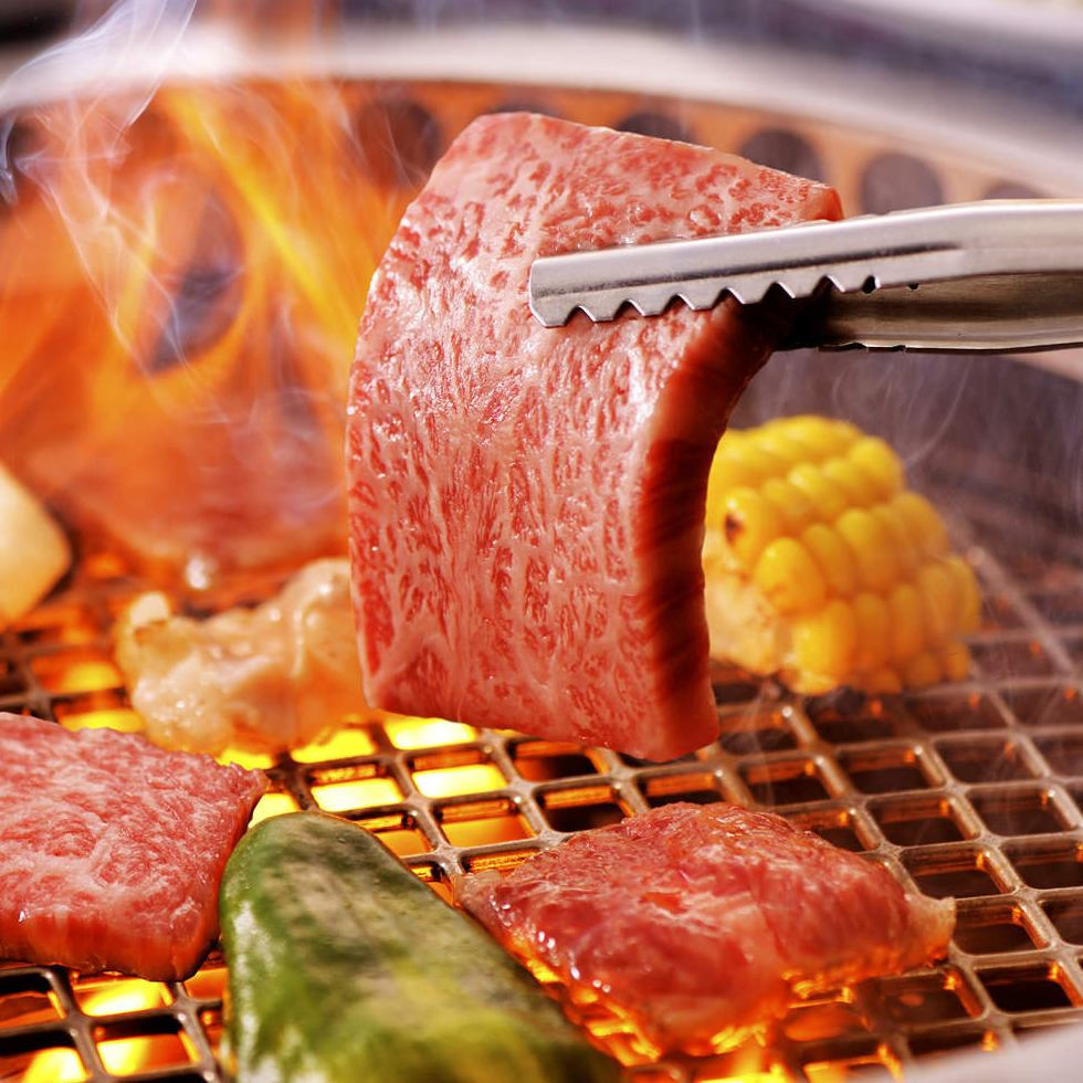 A5 grade domestic brand Wagyu beef at the price of surprise! Best meal with exquisite meat! Reservations accepted ♪