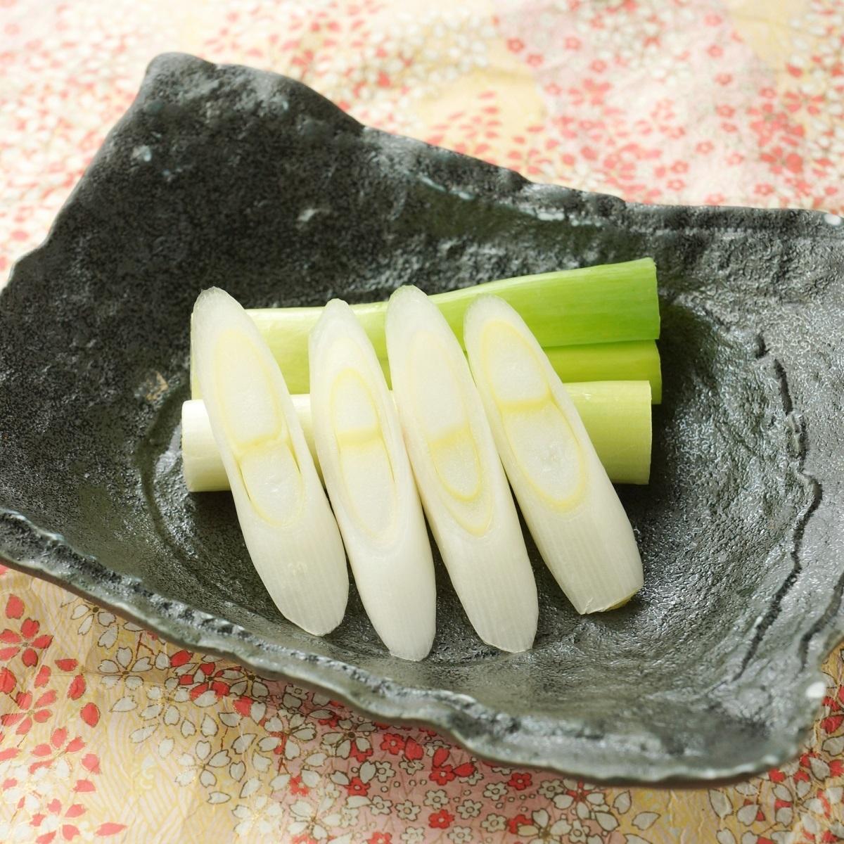 White green onion