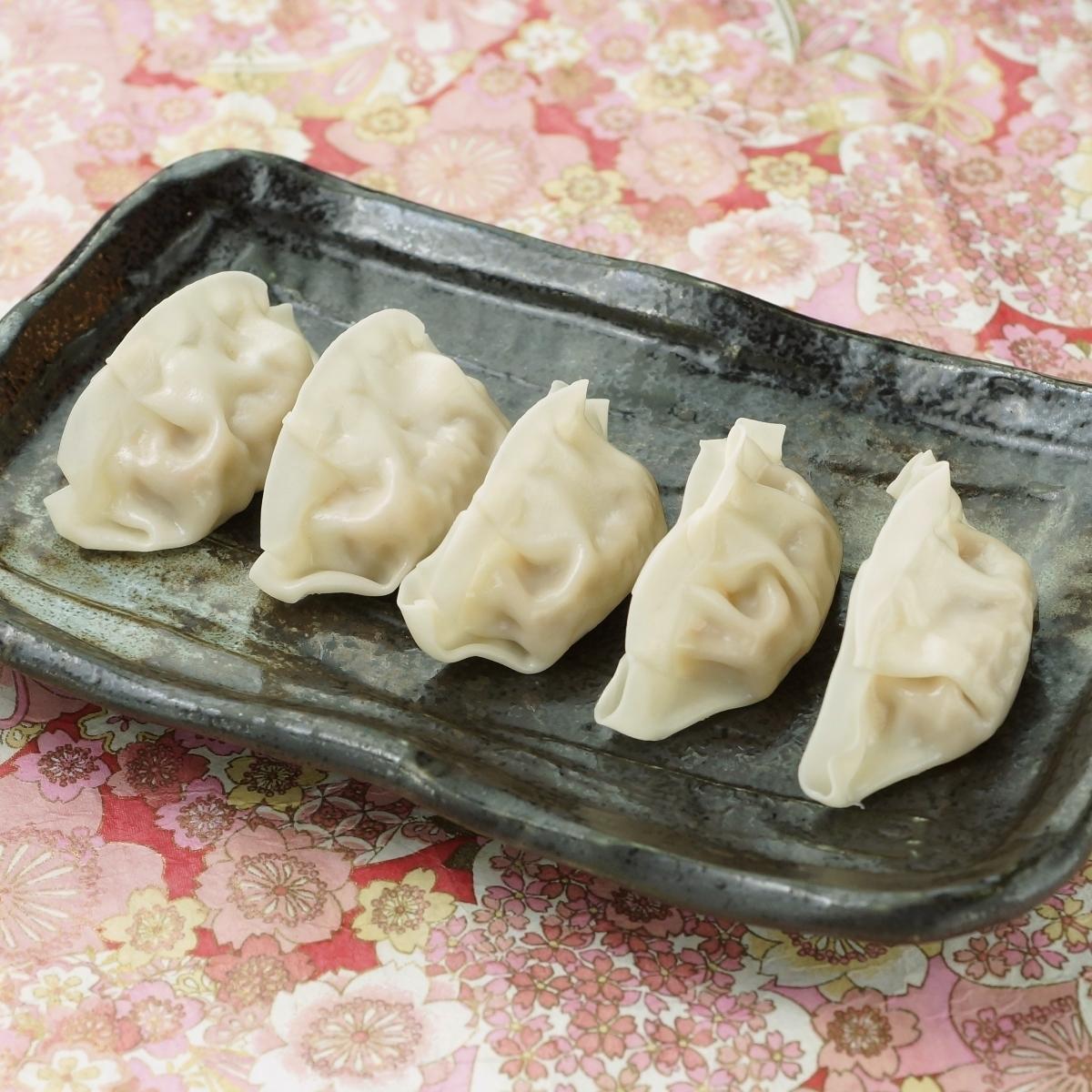 日本锅饺子
