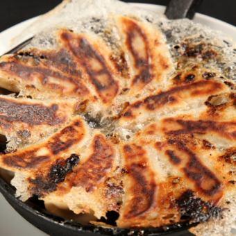 パリパリ焼き餃子