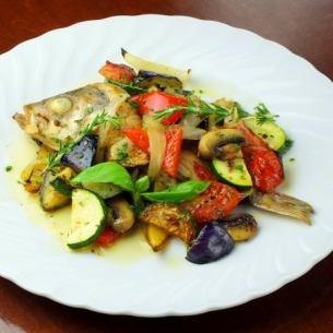 メバルの野菜の香草オーブン焼き