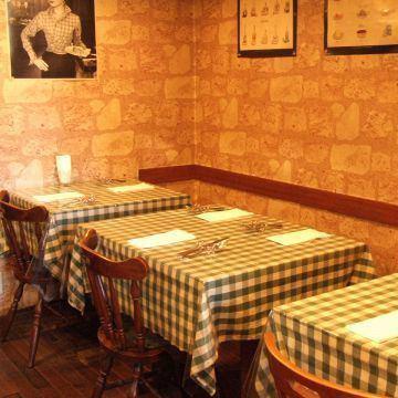友人・デート・家族連れ・同僚等、さまざまなシーンでご利用できます。アットホームで居心地が良い、気軽にイタリア料理が楽しめるお店です。