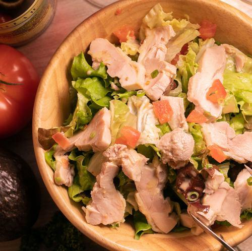 蒸し鶏の和風サラダ