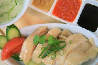 海南鶏のおつまみ(6切り) Hainan Chicken