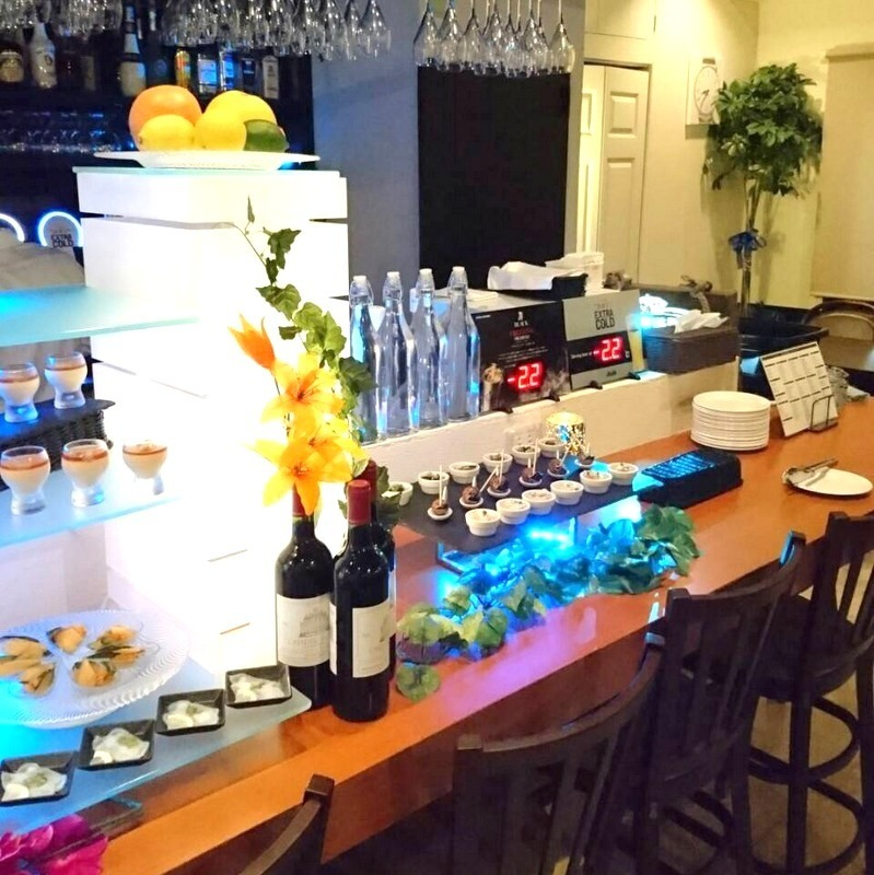 We can reserve from 30 people OK ♪ Mike, there is a projector available! You can also screen the DVD on a big screen! It is recommended for party wedding second party etc. in a buffet format ◎