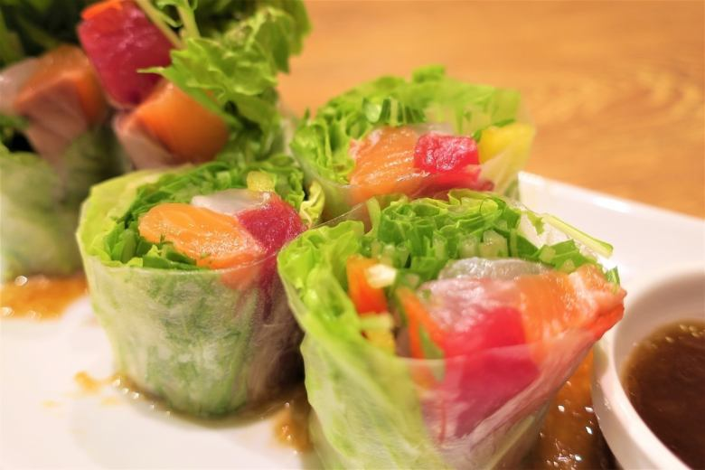 Colorful seafood raw spring roll