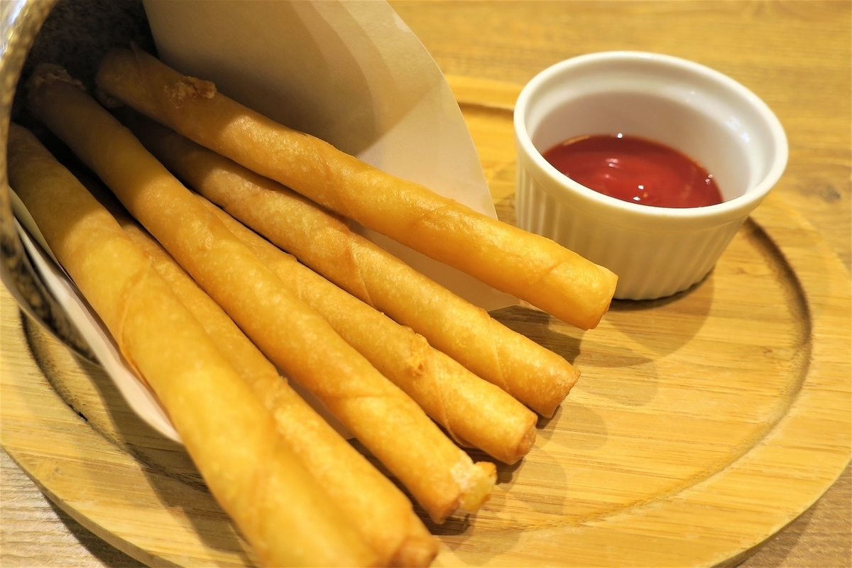 Stick cheese spring roll