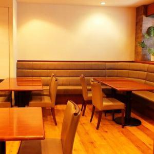私人房間風格的空間,可容納12至20人
