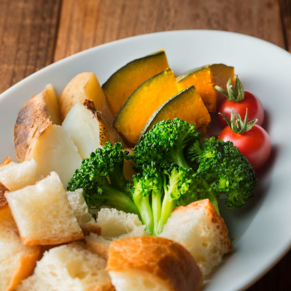 Cheese fondue vegetable set