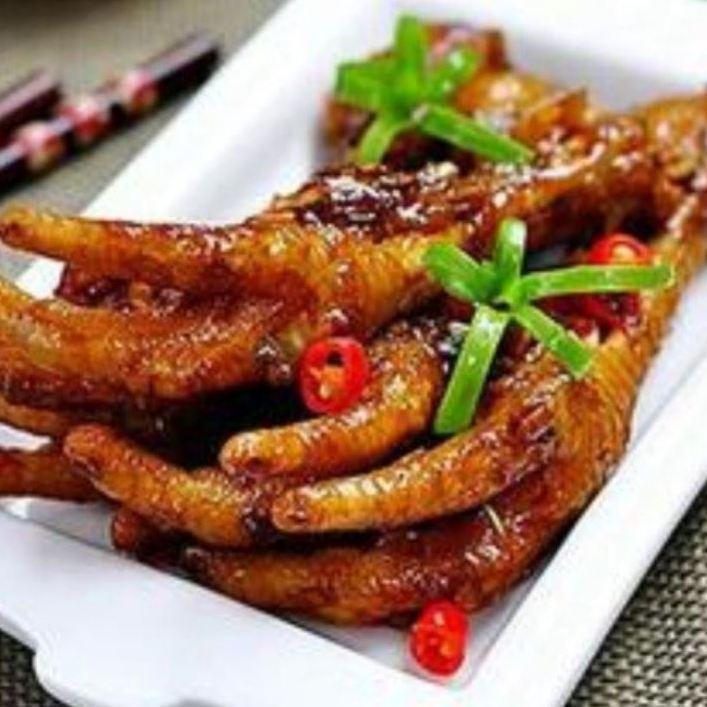 Stir-fried chicken's feet (Yucian)