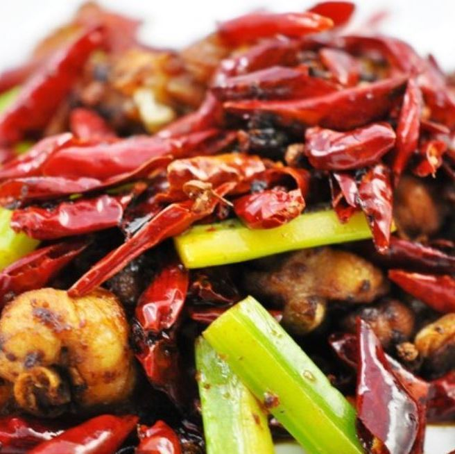 Deep-fried chili with spicy bonel / deep-fried