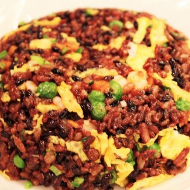 Black black grain fried rice