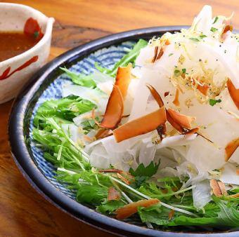 土佐沖しらす カリカリ大根サラダ