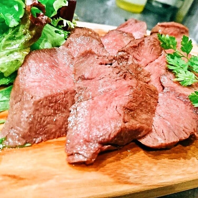 ブラックアンガス牛『ミスジ』のステーキ