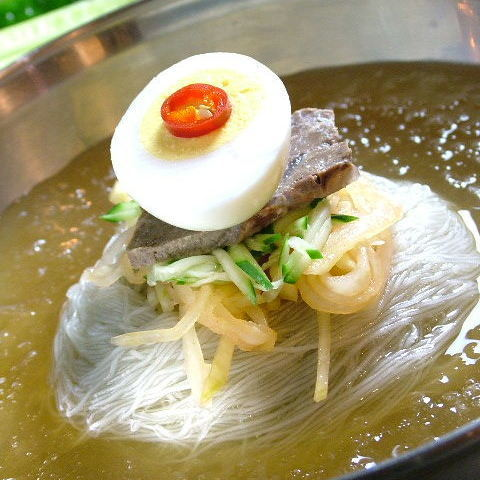 Popular immovable cold noodles ☆