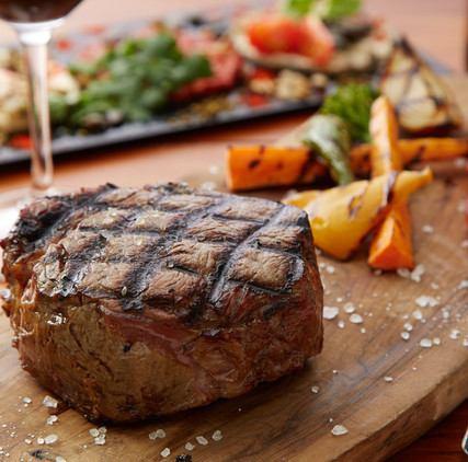 熟成歴25年が作る本当の熟成牛ステーキ