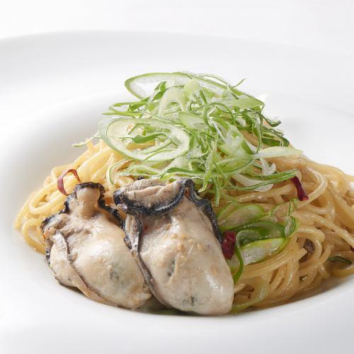 イタリア産 カラスミと播磨産 牡蠣のAOP