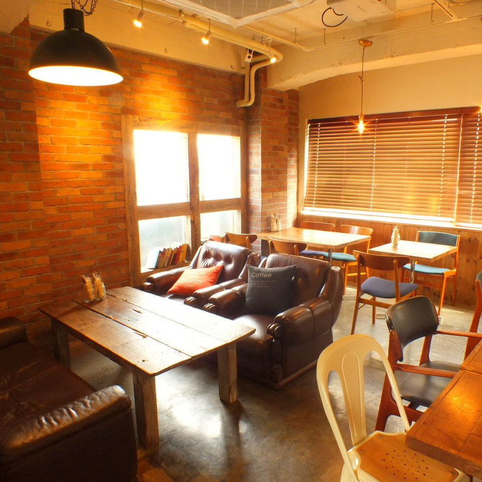 3F can also be available for a rich space for equipment ♪ Please feel free to inquire about the number of people, budget etc. We will make a smoking space if there is a request when you charter.Please inquire when making a reservation
