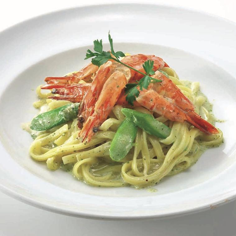 Fettuccine shrimp cream sauce basil flavor