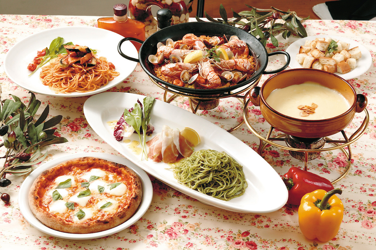 More than 30 kinds of pasta lunch