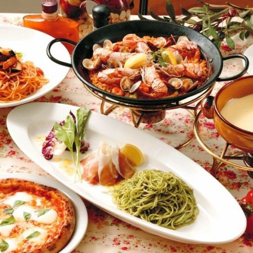 Paella dinner for plenty of seafood, 2900 yen (tax excluded) ※ We accept for every two persons