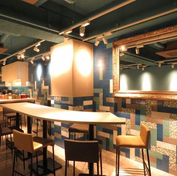平随意Tachiyoreru下班后。我们希望这样的店的建设。时尚吧台也因为它是每个人的工作佐久饮夜咖啡馆也欢迎后可用♪