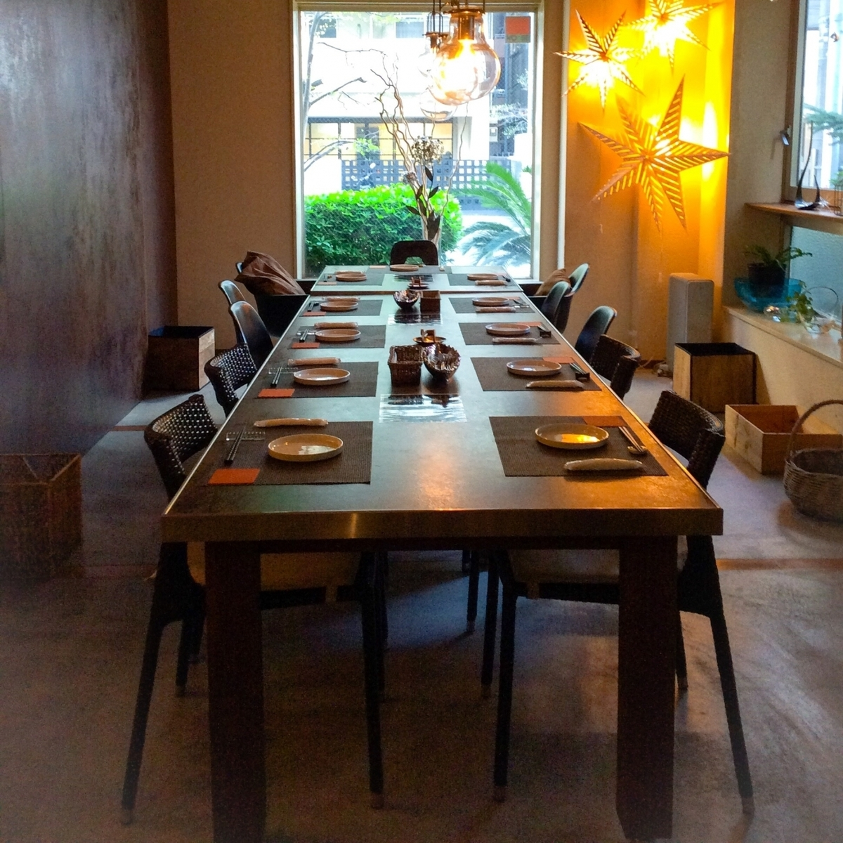 A table seat that is perfect for a small party