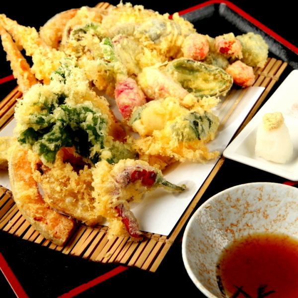 Assorted Miura vegetables and seasonal vegetables tempura