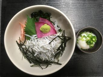 釜炒銀魚碗