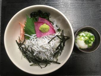 Pot-fried shiitake on rice