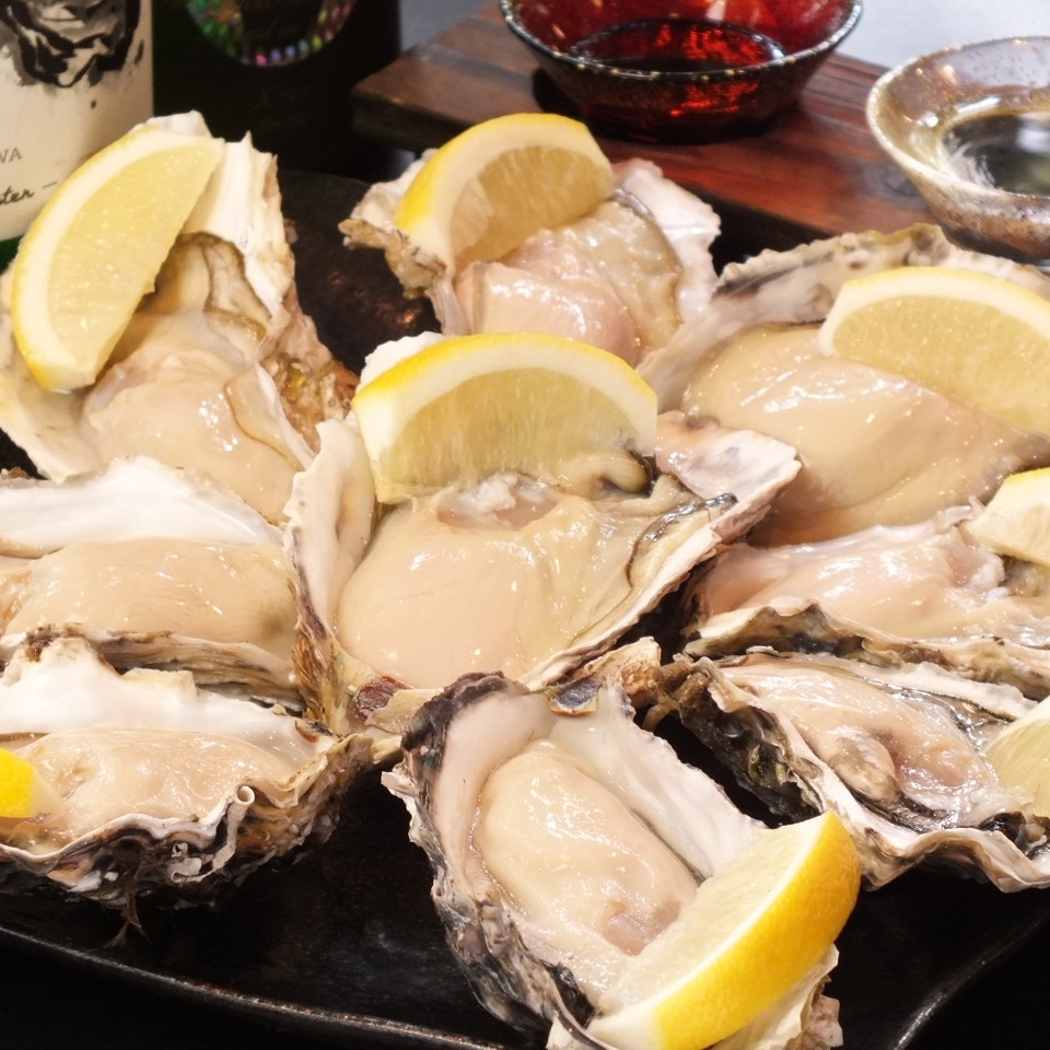 Oyster 1 280 yen (raw, baked, steamed)
