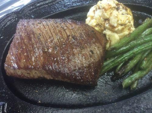天然の鹿肉の厚切りロースステーキセット