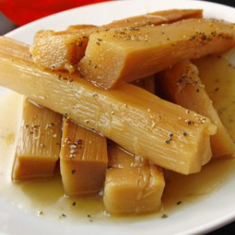 Thick black pepper bamboo shoots