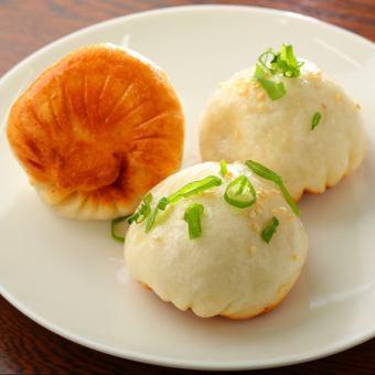 焼き小龍包(生煎饅頭)