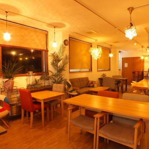 전세 OK ☆ 편안한 소파 좌석이 즐거운 예쁜 가게를 전세로!