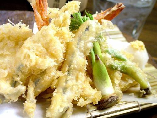 天ぷら盛り合わせ/茄子と山芋の揚げ出し
