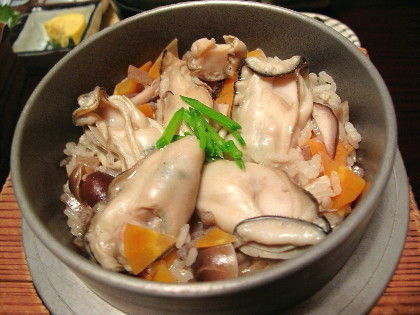 Pot Rice with Oysters and Trees