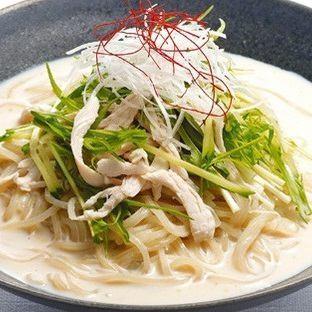 胡麻豆乳冷麺