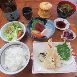 ● Familiar with the taste of Japanese! Aya's popular dish x seasonal dish is seven items! Boastful Random Course! Deal ♪
