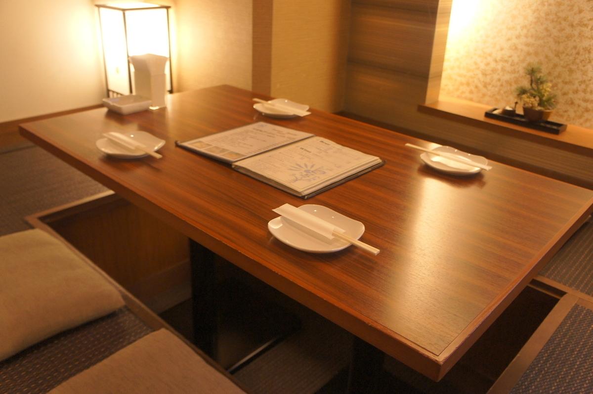 我们建议在平静的日本空间吃♪好的♪与家庭和日期等广泛的使用场景