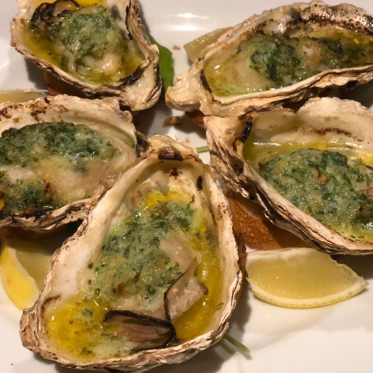 広島県産牡蠣のエスカルゴバター焼き