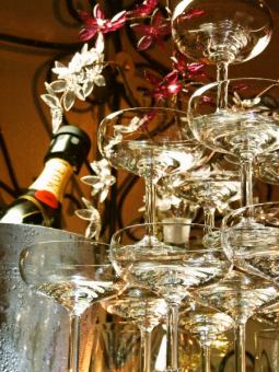 More than 4 people.Popular with champagne tower! << All-you-can-drink + cooking with champagne tower 3800 yen >> ~ From 8 charters to private ~