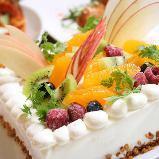 アニバーサリー 誕生日 記念日コース 【人数分のパティシエ特製デコレーションケーキ付き】