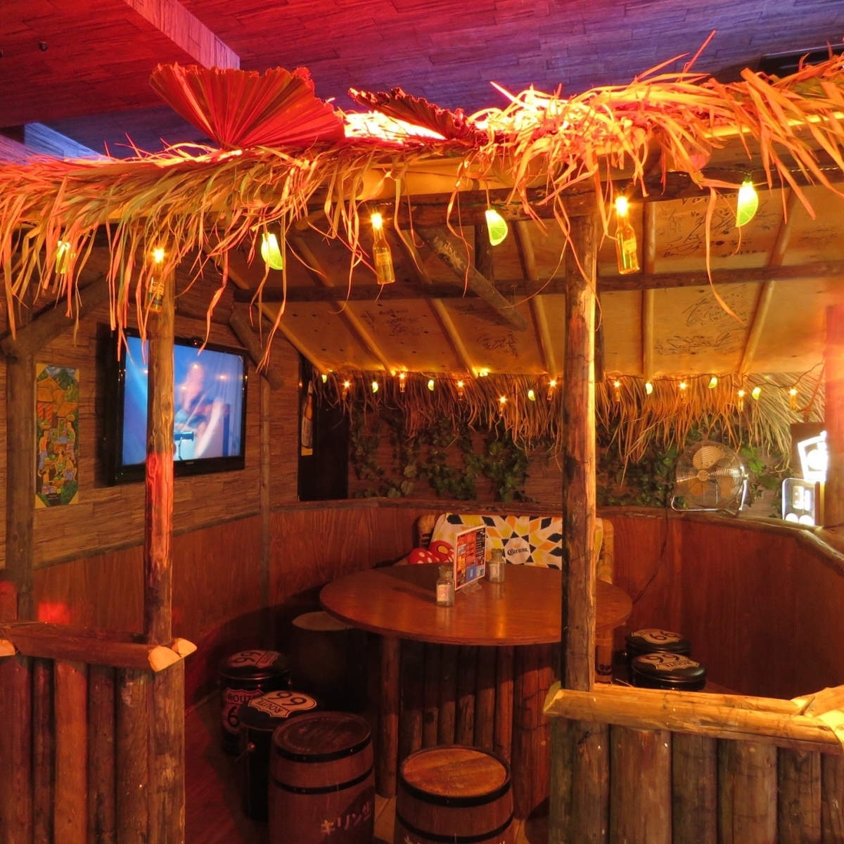 Private room with seating for resort space! Please use it private.[Okayama / Takoyaki / Reef / REEF / Banquet / Chart]
