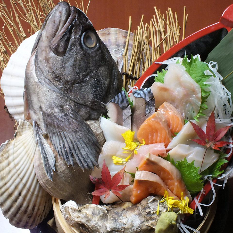 魚批髮店的豪華生魚片